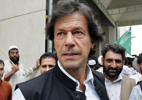 Pakistan: Un champion de cricket au parlement ?