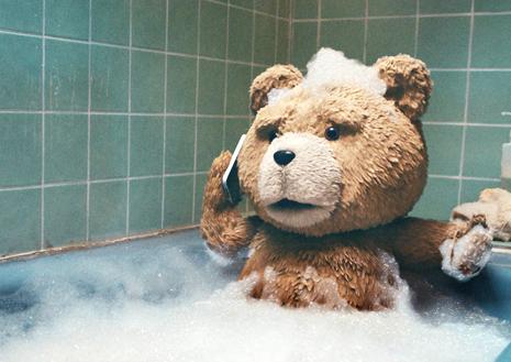 Ted : un ours en peluche vraiment pas comme les autres