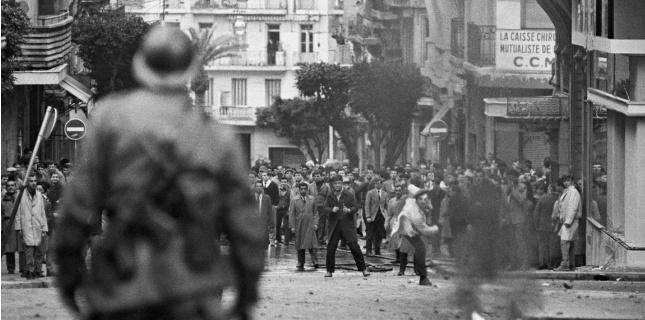 Émeutes entre les partisans de l'Algérie libre et ceux de l'Algérie française (DALMAS/SIPA)