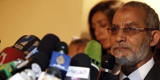 Le chef de file des Frères musulmans, Mohammed Badie. | REUTERS/AMR ABDALLAH DALSH