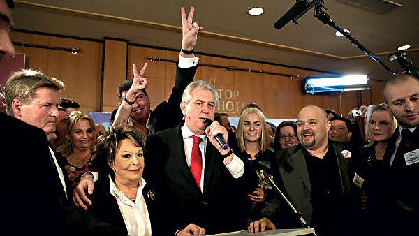 Le vainqueur des élections quelques minutes après la publication des résultats