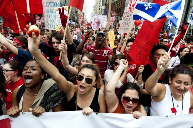 «À qui la rue? À nous la rue!» - Manifestation nationale du 22 mars 2012 - Pascal Dumont - Le Grand Souffle