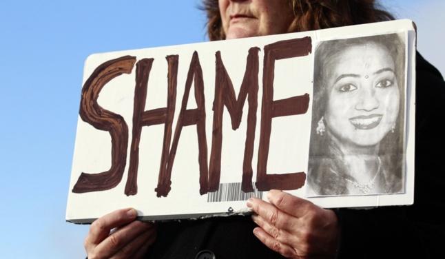 Savita, décédée en Irlande après s'être vu refuser, selon son mari, l'interruption de sa grossesse alors qu'elle faisait une fausse couche.