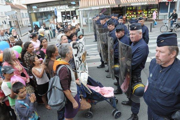 Des Roms expulsés manifestent / Crédits : AFP / Miguel Medina