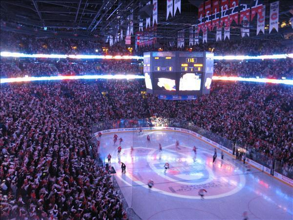 Montreal Canadiens at Bell Center (Credits: Martin Duranleau)