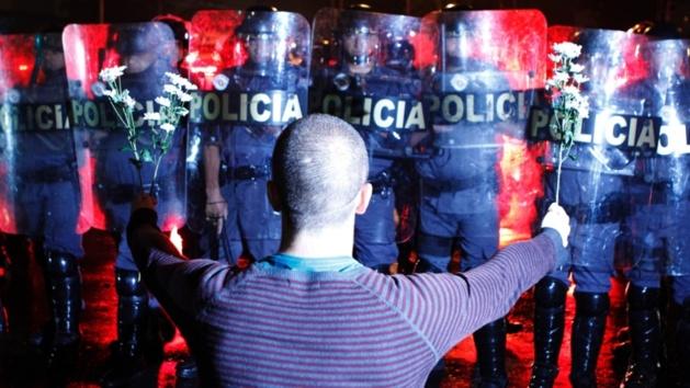 11 juin 2013 - São Paulo. Crédit Photo -- Michel Filho/Agência O Globo