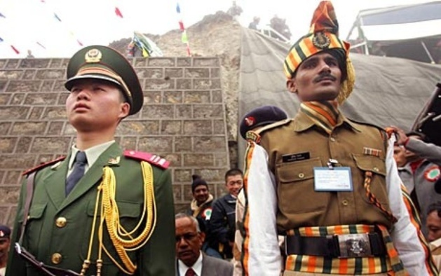 Meeting between Chinese and Indian troops, after the strains of last April 15th. Credits: File Pics