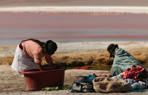Lessive sur les hauteurs de l'Altiplano / Crédit Photo -- Audrey Sérandour