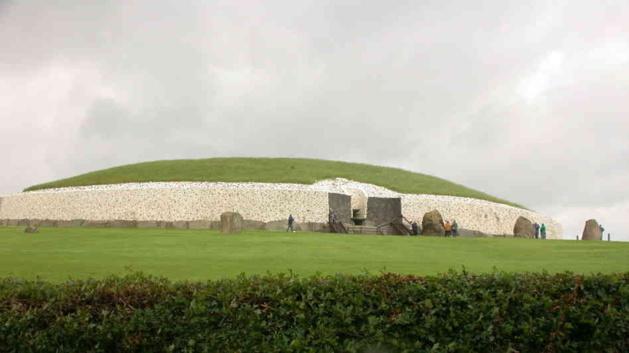 Newgrange | Crédits photo -- German Poo-Caamano