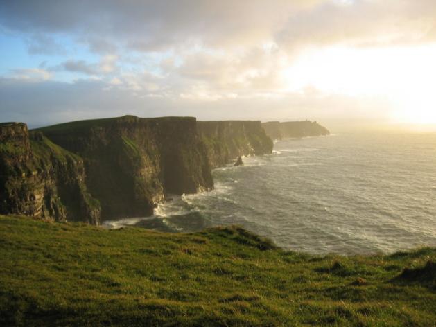 Cliffs of Moher | Credits -- Tara Reid