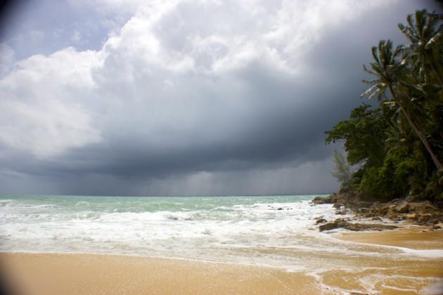 Surin Beach | Crédits photo -- Baptiste Goursaud/Le Journal International
