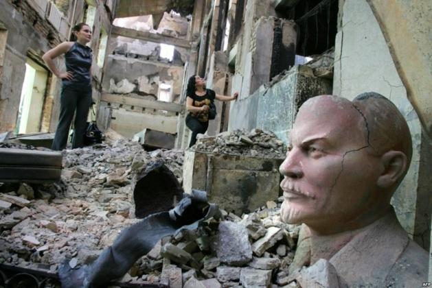 Tskhinvali in ruins, 2008 | Credits-- AFP