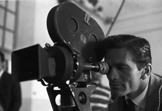 Pier Paolo Pasolini sur le tournage d'Accattone, 1961 Crédit Photo --- Reporters Associati ‐ Roma