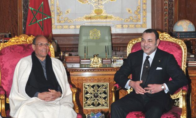 Moncef Marzouki et le roi Mohammed VI | Crédits photo -- Azzouz Boukallouch/AFP