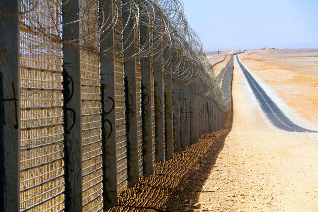 Mur construit à la frontière égyptienne en 2012 | DR