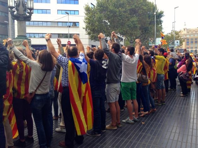 Chaîne humaine du 11 septembre 2013, Plaça Catalunya, Barcelone | © Valentin Berthoux/Le Journal International