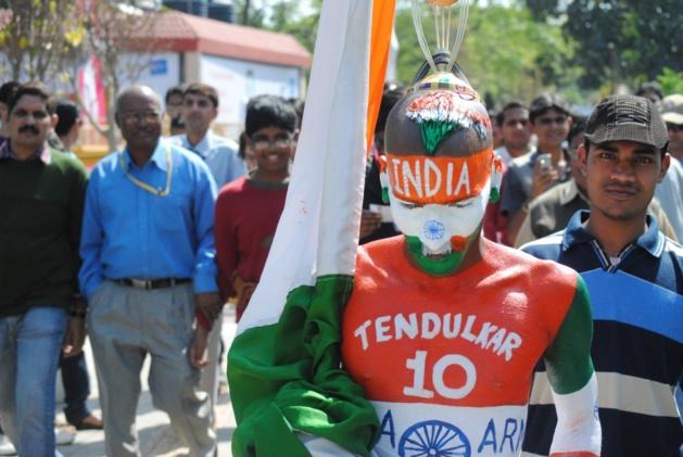 Sudhir Chaudhary, l'un des plus célèbres supporters indiens | Crédits Photo -- Jean-Charles Bares