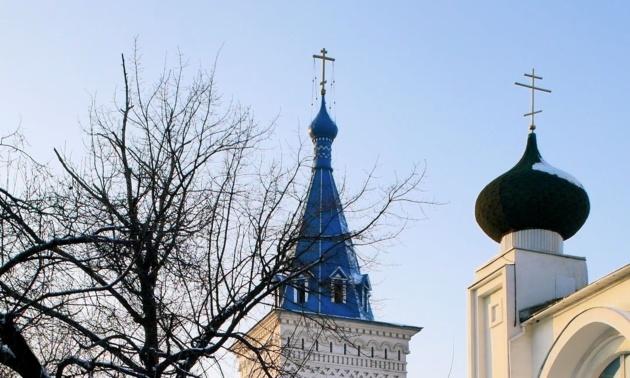 Église orthodoxe de Bichkek, Kirghizstan. Crédit : Francekoul.com / Novastan.org