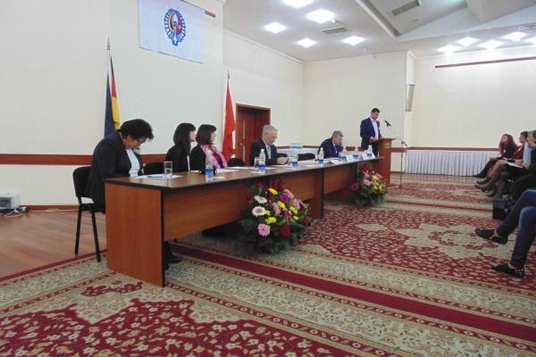 « Notre but ultime est de rester une ethnie et ne pas être assimilés » a affirmé Valerii Dill, président du Conseil des Allemands du Kirghizstan, lors du 10e congrès des Allemands de la République kirghize du 20 mars 2014 à Bichkek. Crédit : Aman Jumabaev
