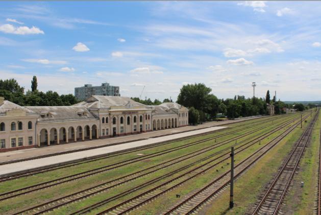 """La """"gare-fantôme"""" de Bender. Seuls quelques trains s'y arrêtent chaque semaine. Crédit photo Pierre Sautreuil."""