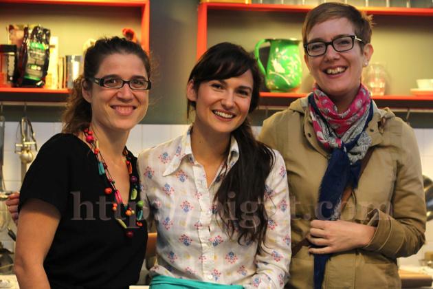 Mlle Pigut aux côtés de Ôna Maiocco, fondatrice de Super Naturelle