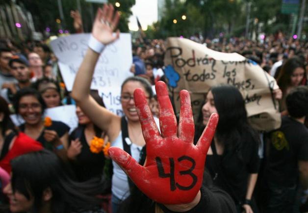 Marco Ugarte / AP