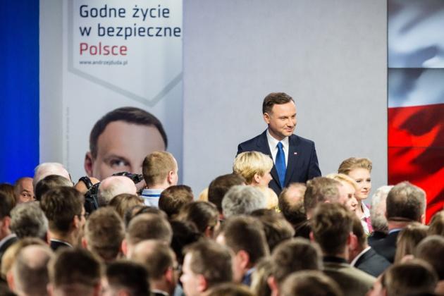 Donné deuxième par les sondages, Andrzej Duda est finalement arrivé en tête au premier tour des élections présidentielles polonaises. Crédit Wojtek Radwanski