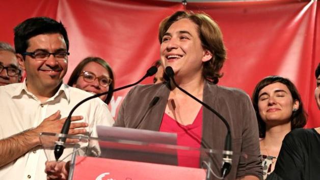 Ada Colau lors de son discours de victoire à Barcelone - Crédits: eldiario.es - Enric Català