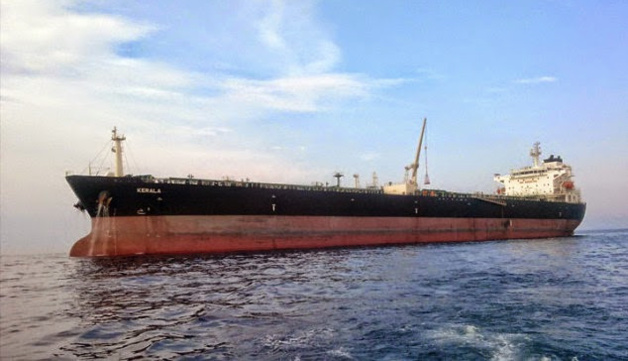 El petrolero Kerala – Créditos John Currin
