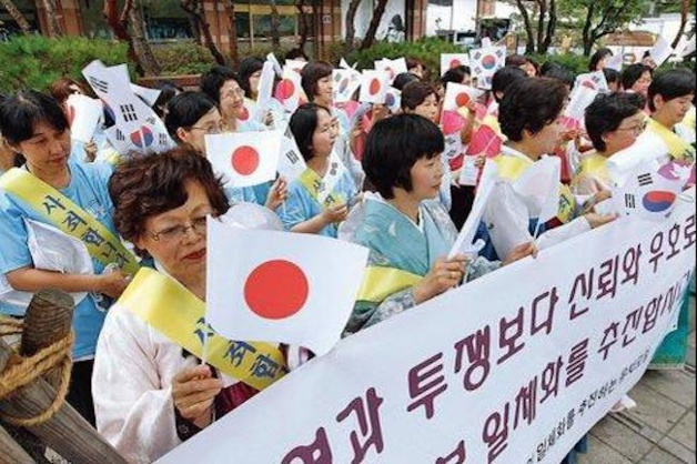 A Séoul (Corée du Sud), devant l'ambassade du Japon: manifestations des esclaves sexuelles de l'armée japonaise (crédits Lee Jae-Won)