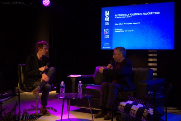 François Pirola, membre de l'équipe d'Arty Farty, et Didier Eribon, philosophe et auteur lors de la conférence « repenser la politique aujourd'hui ». Crédit Auriane Guiot.