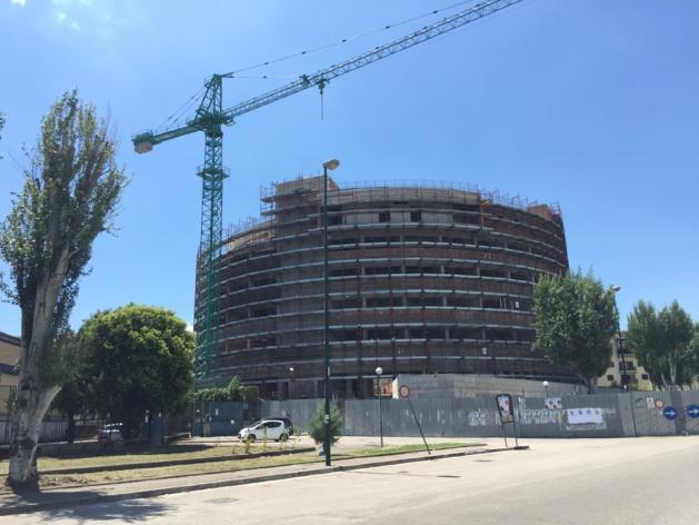 L'université de médecine en construction. Crédit Jules Coussement