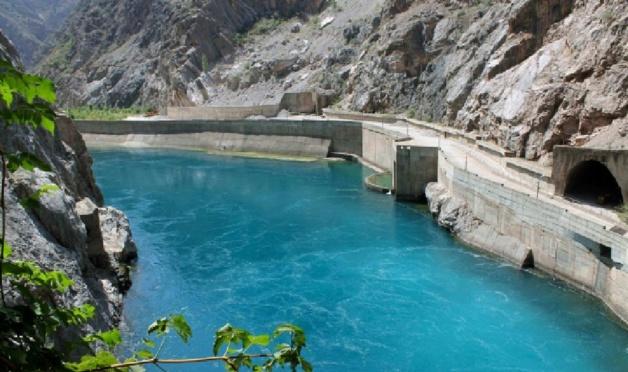 Barrage de Toktogul. Crédit : Nadia Volkova