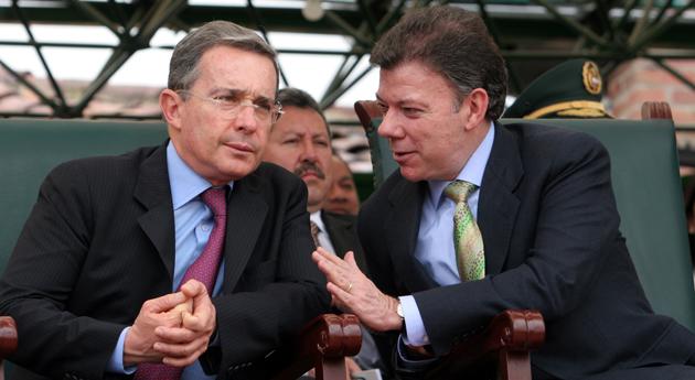 ÁLVARO URIBE, LE GRAND GAGNANT DES LÉGISLATIVES EN COLOMBIE