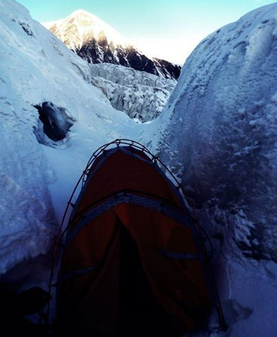 The day after the storm, at 4470m, and waking up in a crevice. Credit : Jost Kobusch