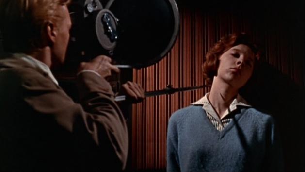 Peeping Tom, an Avant-garde Snuff movie