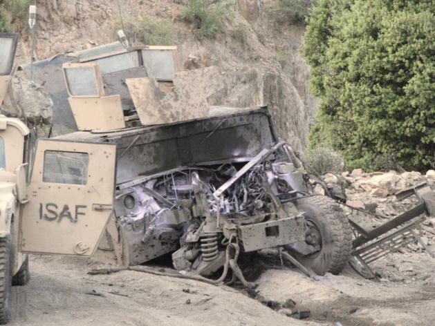 O estado do caminhão de Sean após a sua explosão em uma mina antitanque