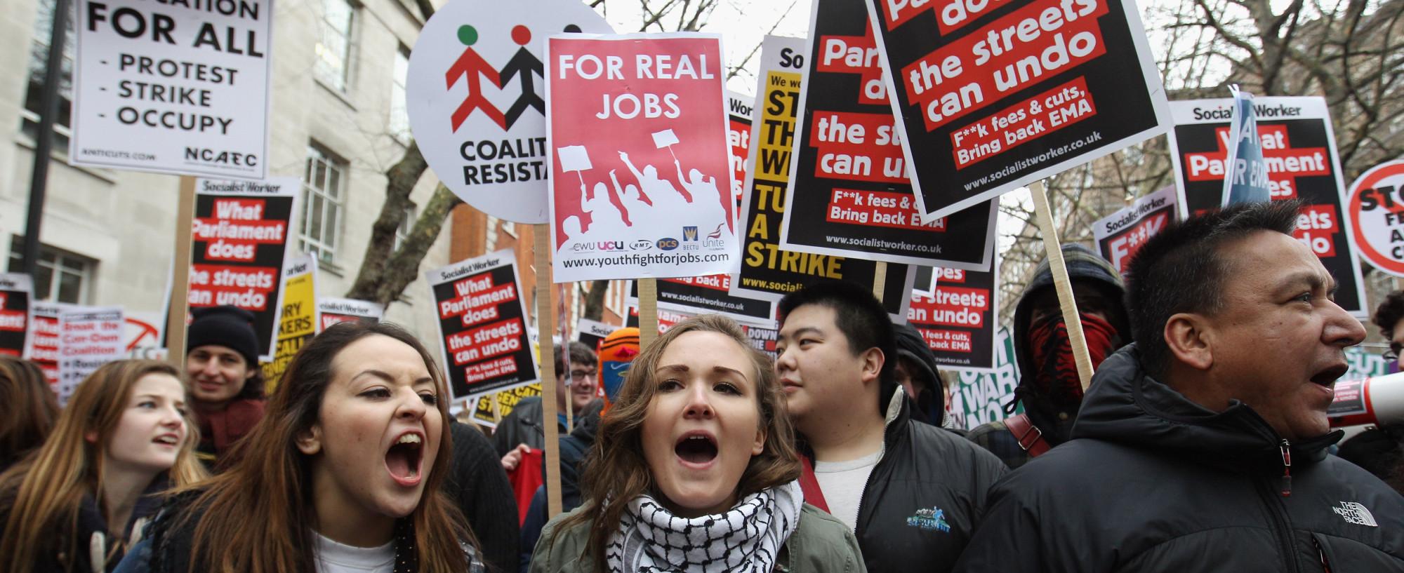 Etudiants protestants contre la hausse des frais de scolarité à la fin de l'année 2010. Crédit DR
