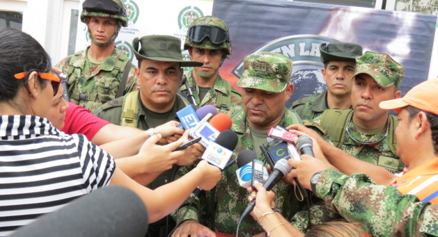Colombian armed groups: between protection and intimidation.