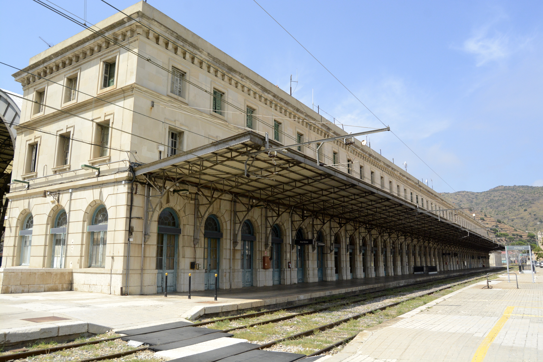 Le majestueux bâtiment de la gare. Crédit Auriane Guiot