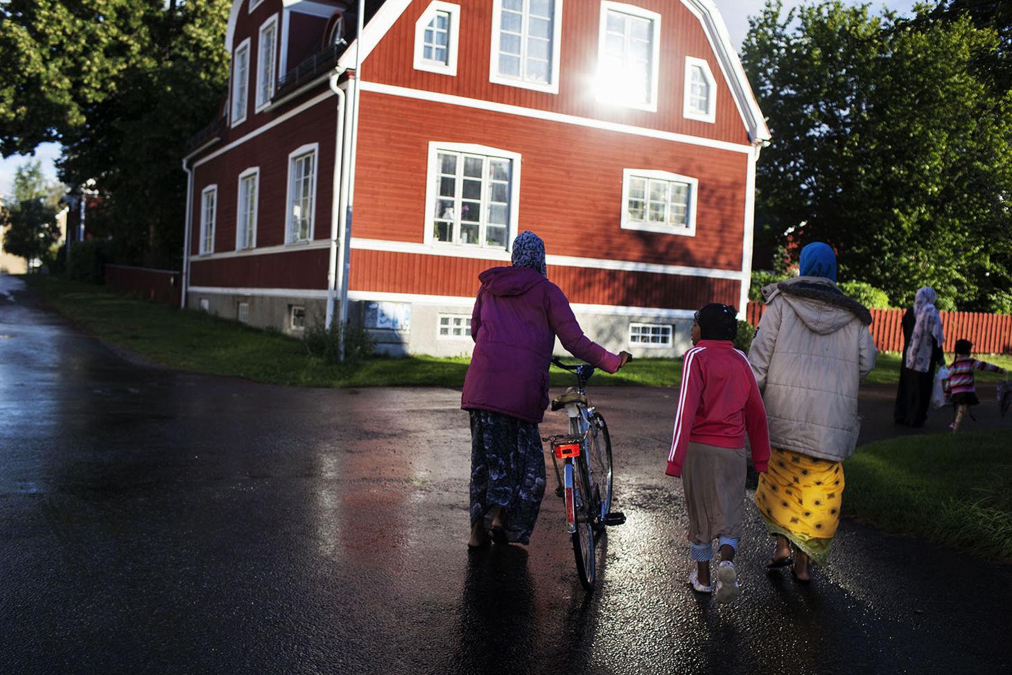 Une famille originaire de Somalie ayant trouvé refuge en Suède avant la récente crise des réfugiés - Crédit Loulou d'Aki