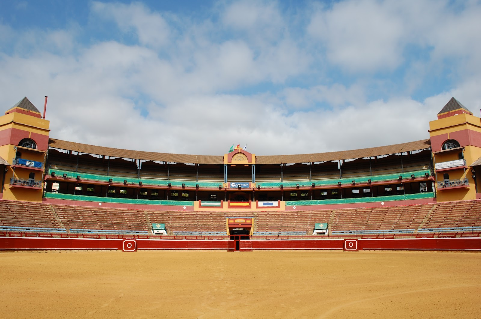 Vue des arènes de La Merced à Huelva (Andalousie) – Crédit EFE