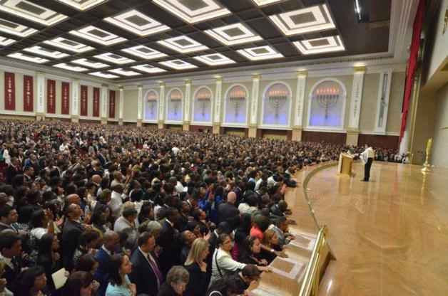 Credit Iglesia Universal