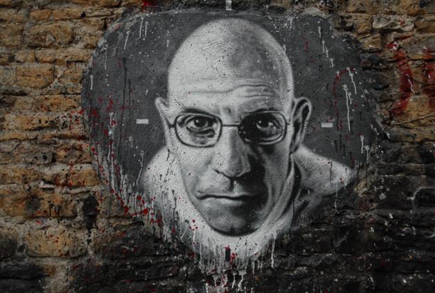 Michel Foucault, partidario de una renta básica universal. Crédito: Thierry Ehrmann