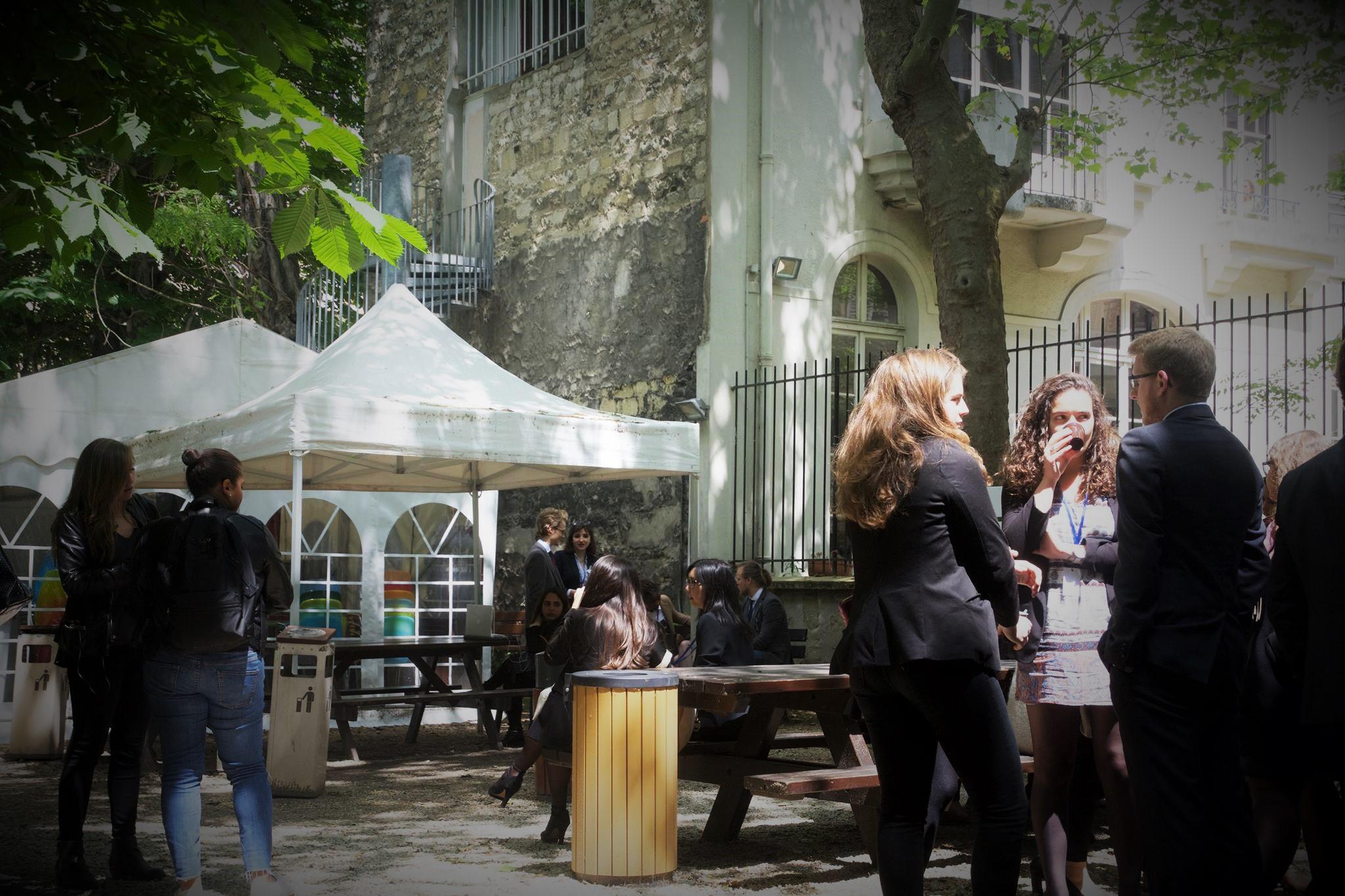 Les comités de PIMUN à l'Institut Catholique pour la première fois - Crédit Dimitri Touren