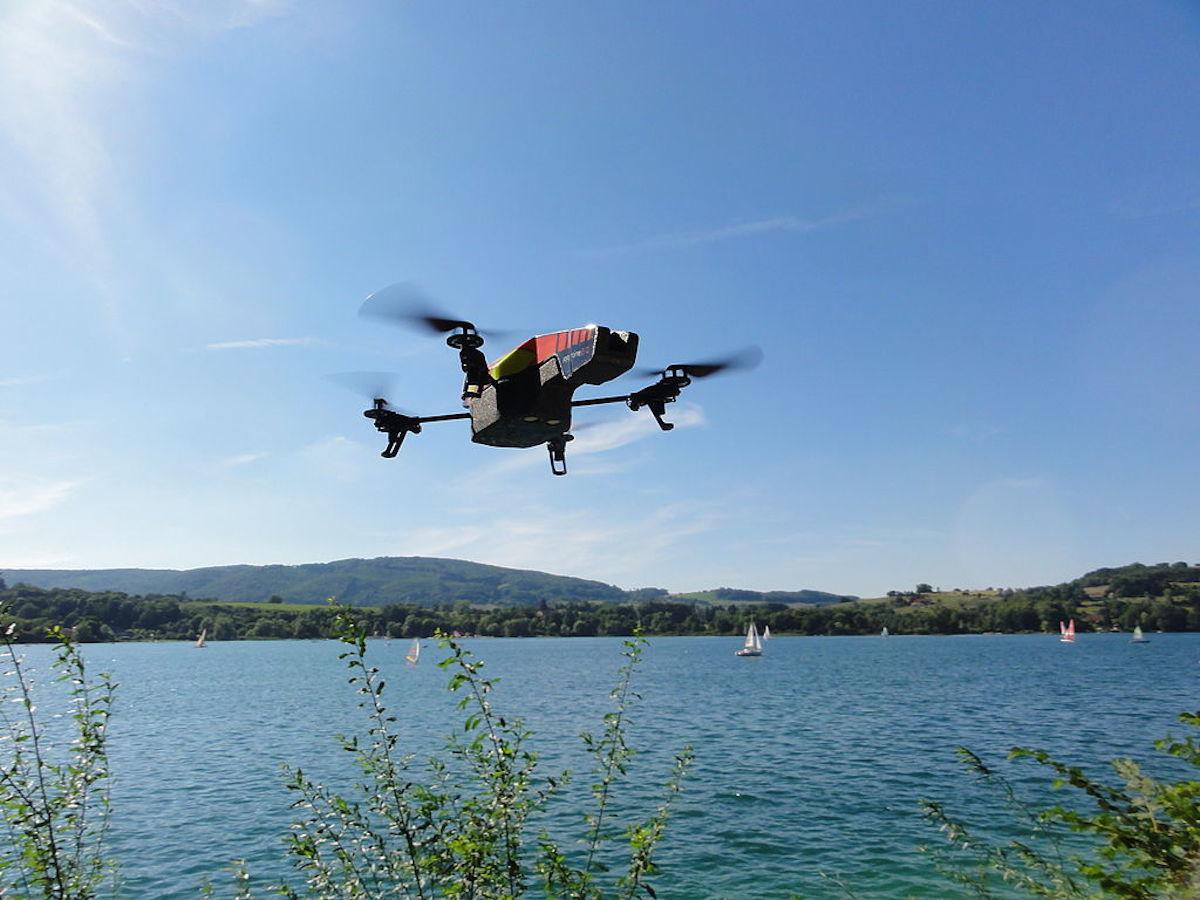 AR.Drone Parrot. Crédits : Nicolas Halftermeyer