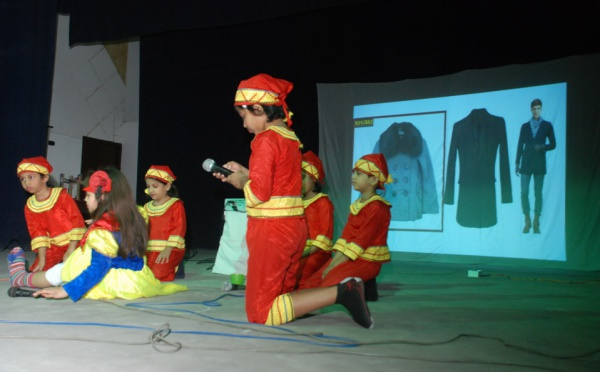 Inde: Blanche-Neige, ambassadrice de la culture du monde