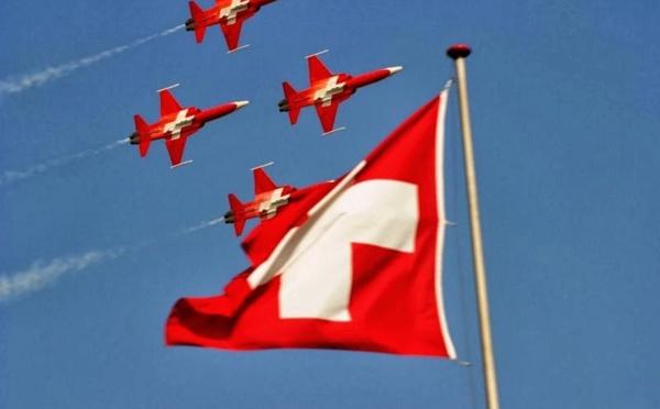 """Suisse : """"avions"""" ou """"pas avions"""" ?"""