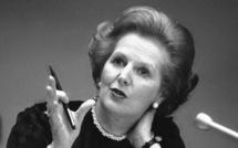 Royaume-Uni: Thatcher continue à diviser le peuple