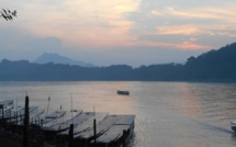 Le Laos, un TGV et des hommes